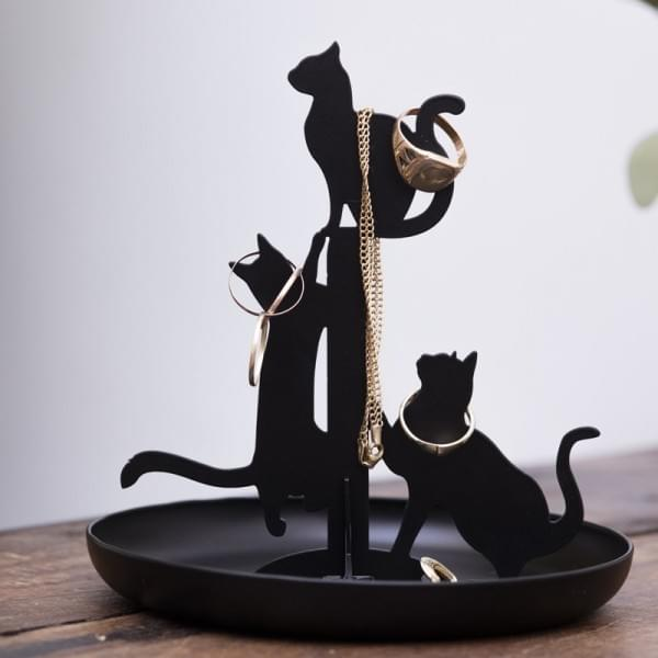 porte bijoux chats kikkerland cadeau maestro. Black Bedroom Furniture Sets. Home Design Ideas