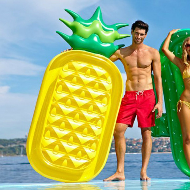 Matelas Gonflable Ananas pour Homme