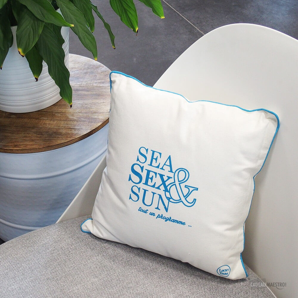 "Coussin ""Sea, Sex and Sun"""