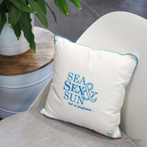 Coussin « Sea, sex and sun »