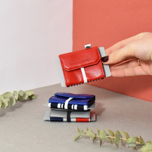Mini Portefeuille Cuir Space Wallet Pull range pieces