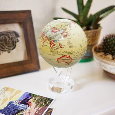 Globe Mova Antique